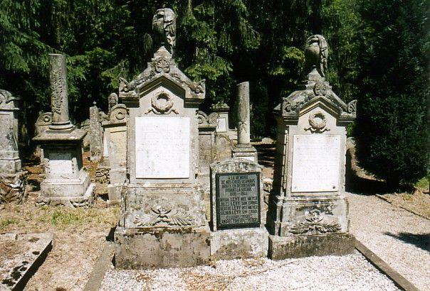 http://www.alemannia-judaica.de/images/Alsace%203/Marmoutier%20Cimetiere%20104.jpg