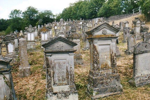 http://www.alemannia-judaica.de/images/Alsace%203/Sarre%20Union%20Cimetiere%20102.jpg