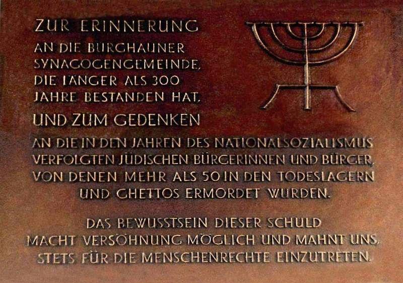http://www.alemannia-judaica.de/images/Images%20110/Burghaun%20Gedenktafel%20010.jpg