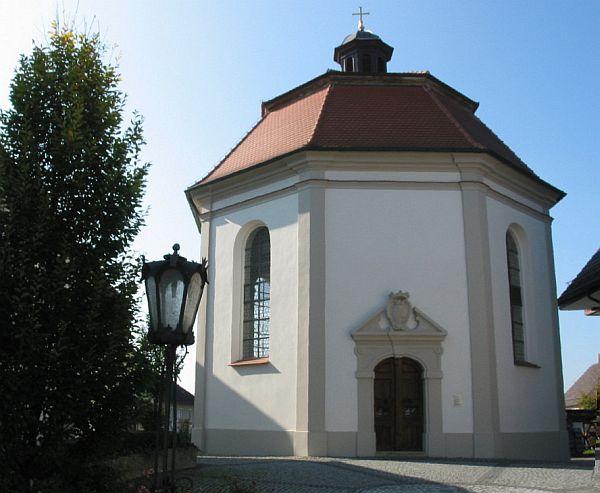 http://www.alemannia-judaica.de/images/Images%20130/Thannhausen%20Stadionkapelle%20140.jpg