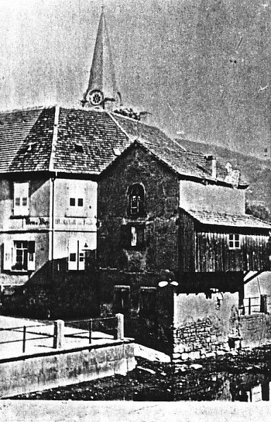 http://www.alemannia-judaica.de/images/Images%2014/Ettlingen%20Synagoge%20a01.jpg