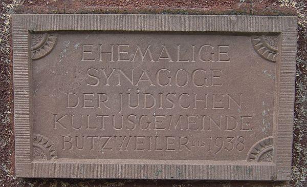 http://www.alemannia-judaica.de/images/Images%20142/Butzweiler%20Synagoge%20112.jpg