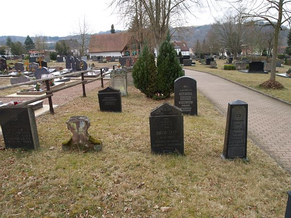 http://www.alemannia-judaica.de/images/Images%20146/Thaleischweiler%20Friedhof%20100.jpg