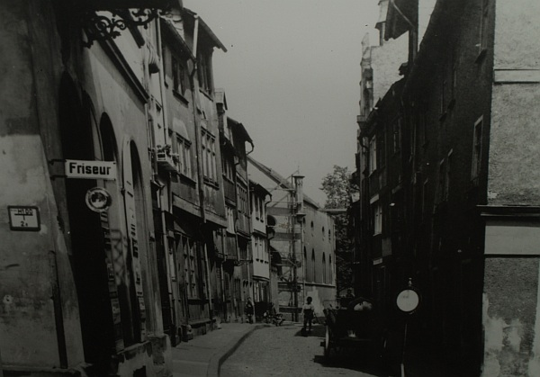 http://www.alemannia-judaica.de/images/Images%20153/Friedberg%20Judenbad%20175.jpg