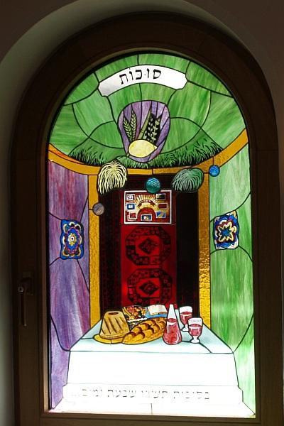 http://www.alemannia-judaica.de/images/Images%20174/Konstanz%20Synagoge%20n2008009a.jpg