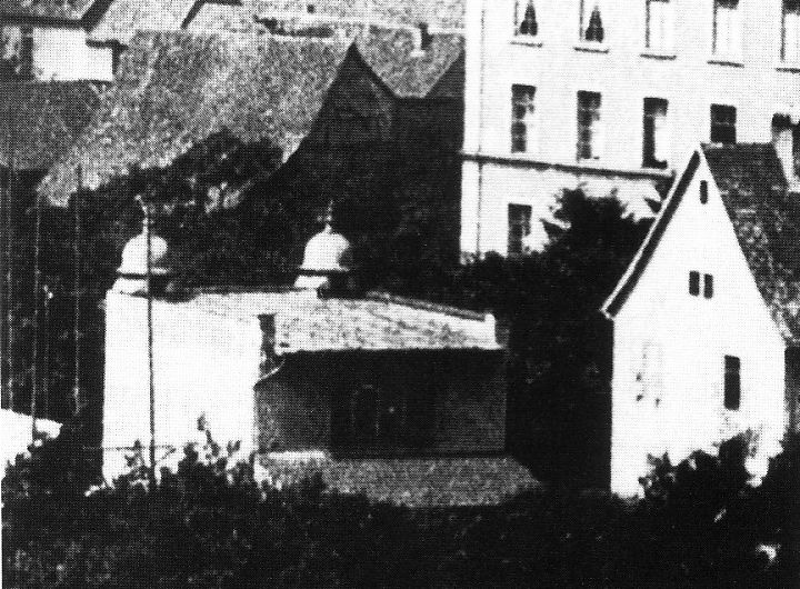 http://www.alemannia-judaica.de/images/Images%2018/Ettlingen%20Synagoge%20030.jpg