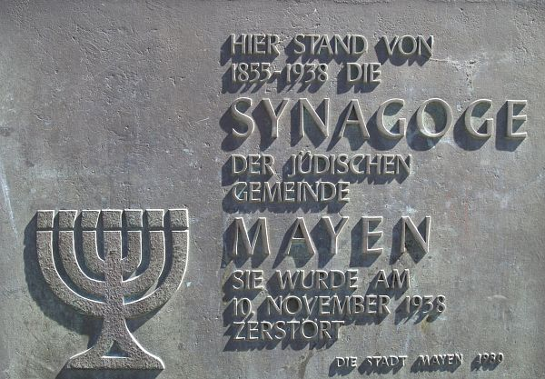http://www.alemannia-judaica.de/images/Images%20228/Mayen%20Synagoge%20272.jpg