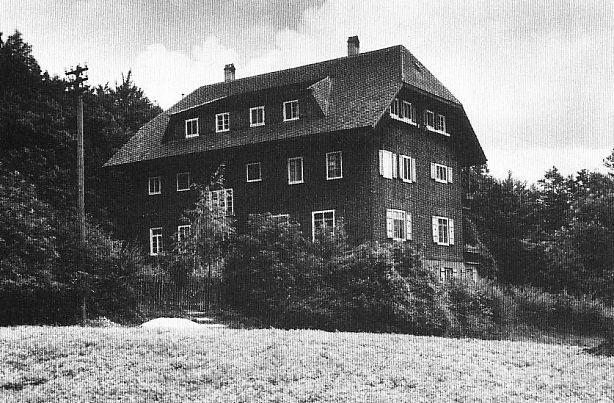 http://www.alemannia-judaica.de/images/Images%2025/Herrlingen%20Landschulheim%20001.jpg