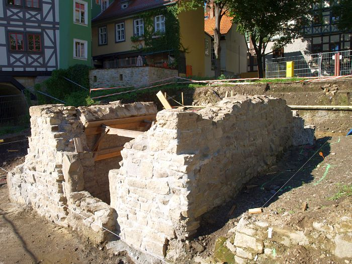 http://www.alemannia-judaica.de/images/Images%20268/Erfurt%20Mikwe%20825.jpg