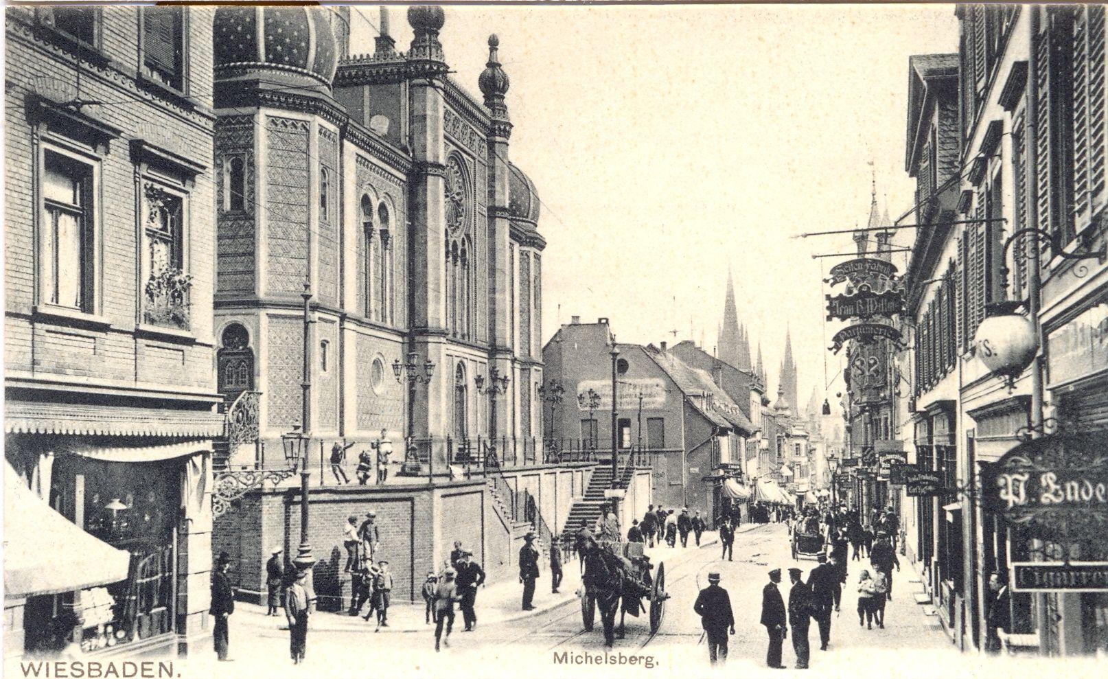 http://www.alemannia-judaica.de/images/Images%20361/Wiesbaden%20Synagoge%2014020.jpg