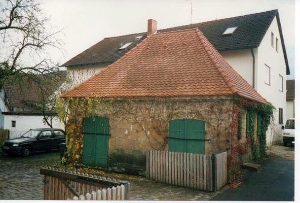 http://www.alemannia-judaica.de/images/Images%20364/Dormitz%20Mikwe%20021.jpg