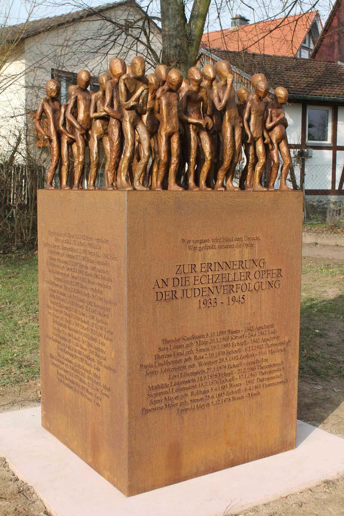 http://www.alemannia-judaica.de/images/Images%20381/Echzell%20Denkmal%20022015a.jpg