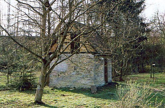 http://www.alemannia-judaica.de/images/Images%2040/Kleineicholzheim%20Mikwe%20010.jpg