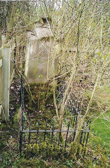 http://www.alemannia-judaica.de/images/Images%2056/Appenheim%20Friedhof%20205.jpg