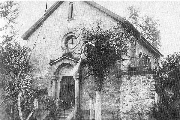 http://www.alemannia-judaica.de/images/Images%2069/Birkenau%20Synagoge%20004.jpg