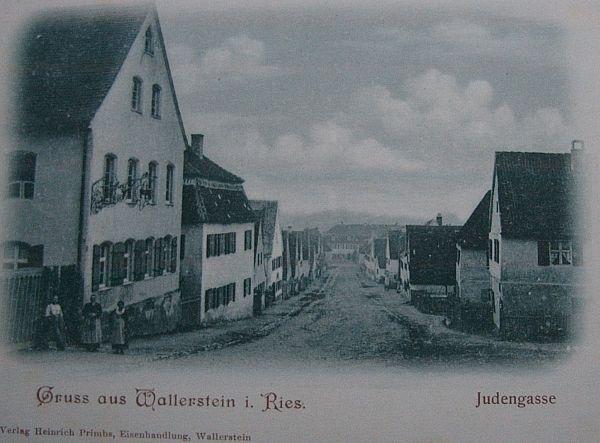http://www.alemannia-judaica.de/images/Images%2087/Wallerstein%20Synagoge%20290.jpg