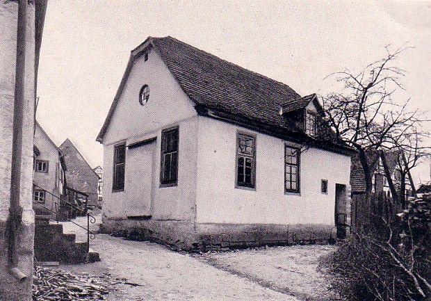 http://www.alemannia-judaica.de/images/Images12/Duensbach%20Synagoge%20001.jpg